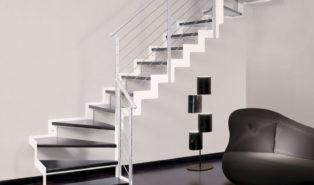 Лестница буквой Г, металлокаркас, светлая, темные ступени ЛМГО13