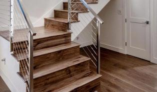 Отделка лестницы ламинатом на контрасте ОЛЛ14