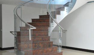 Отделка лестницы мрамором ОЛМ14