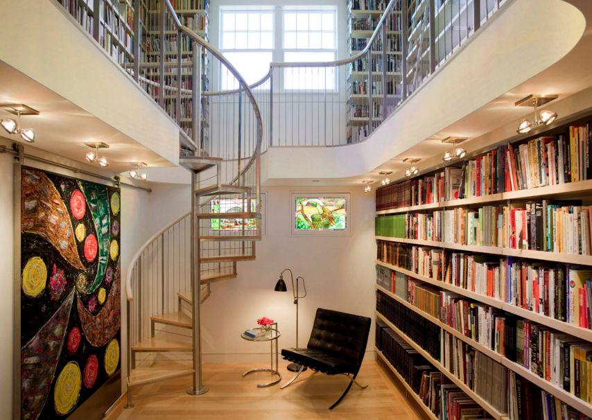 Винтовая лестница в библиотеке ЛВ16