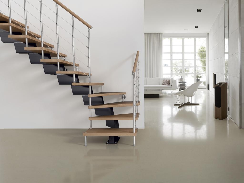 Лестница буквой Г, металлическая ЛМГО16