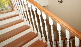 Буковая лестница ЛБ18