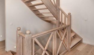 Лестница из дуба ЛД19