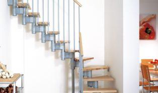 Оригинальная металлическая лестница буквой Г ЛМГО20