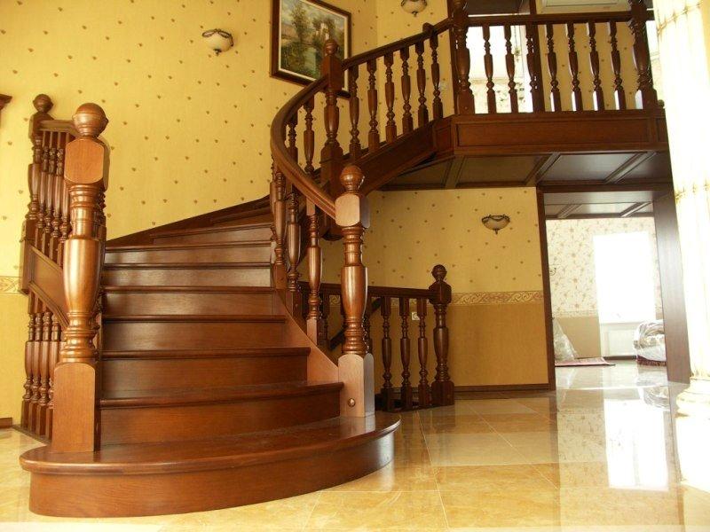 Лестница из бука ЛБ20