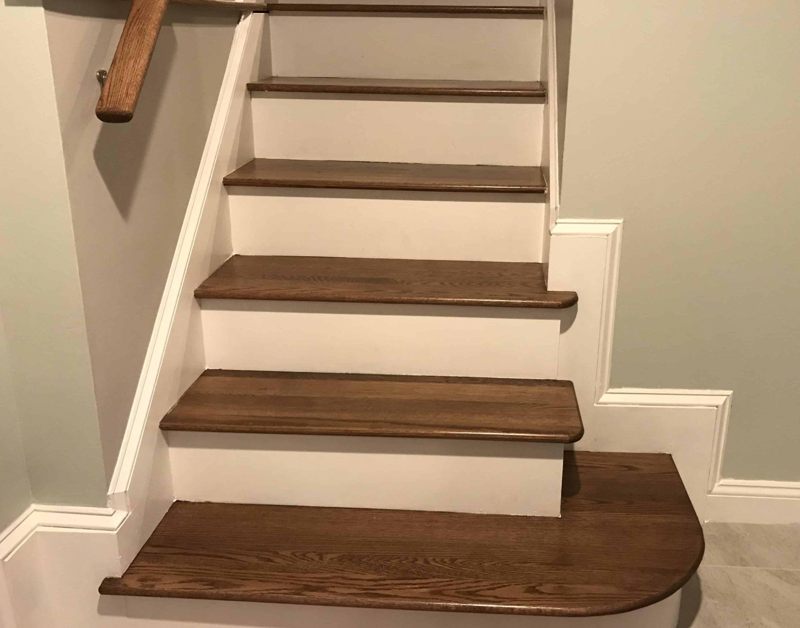 Простая прямая лестница из дерева ЛП21