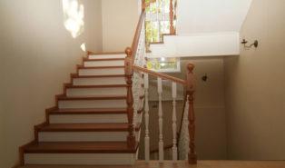 Лестница из бука ЛБ21