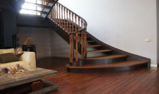 Лестница из темного бука ЛБ22