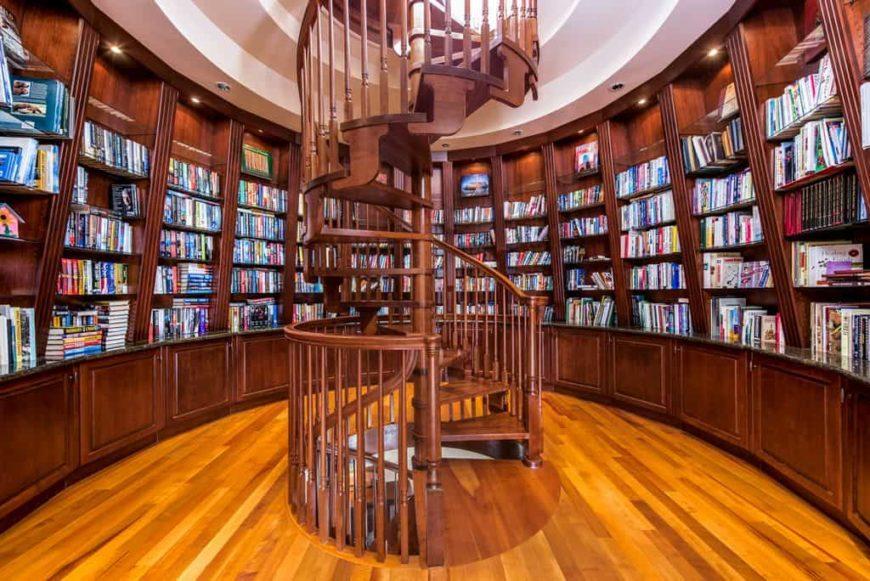 Лестница винтовая из дерева ЛВ23