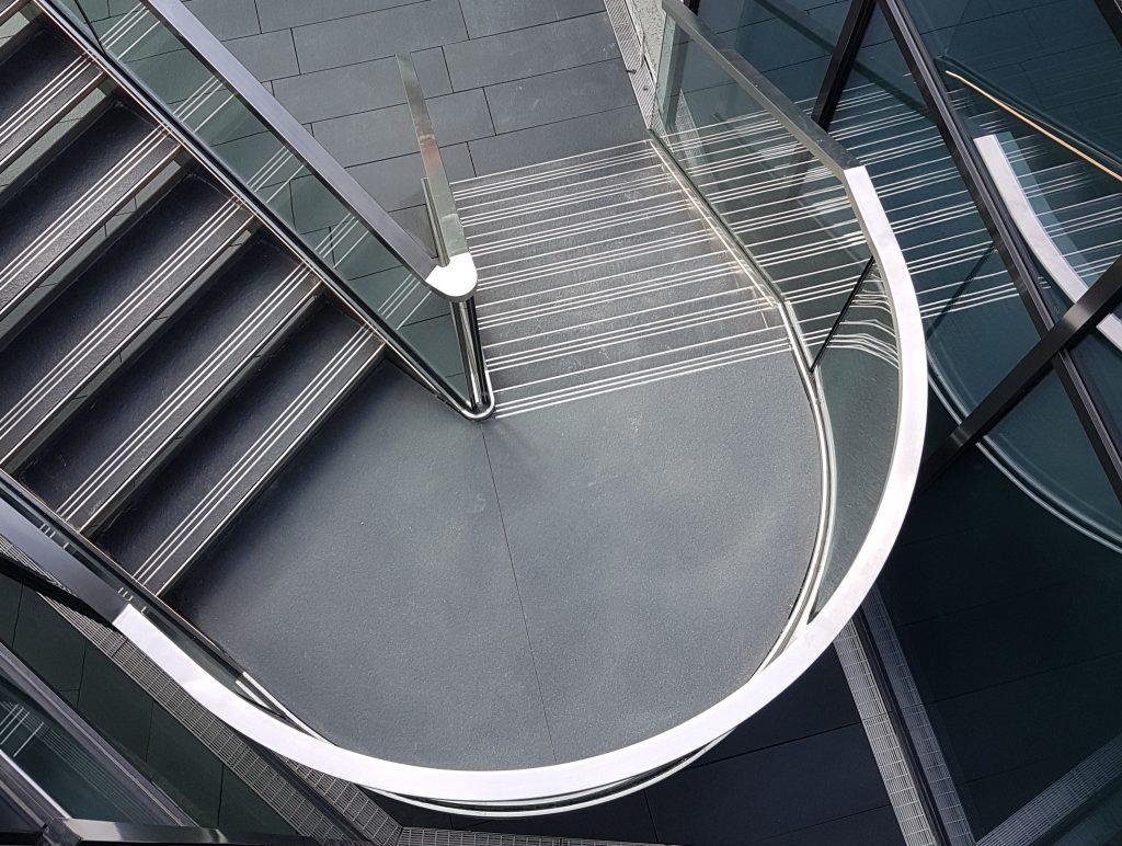Металлокаркас, поворот, П-образная лестница ЛМПО23