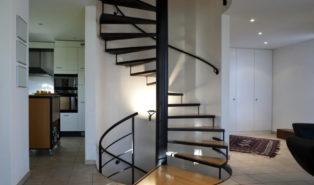 Лестница винтовая, ступени из дерева ЛВ25