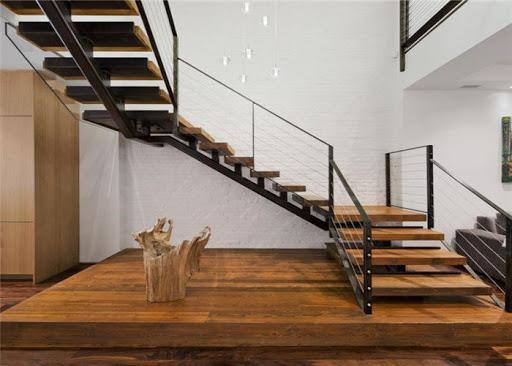 П-образная лестница, каркас, ступени из дерева ЛПО27
