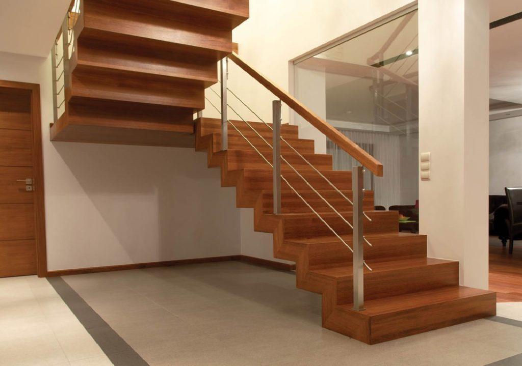 Лестница из ясеня ЛЯ27