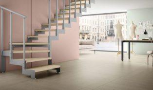 Г-образная лестница из металла ЛМГО29