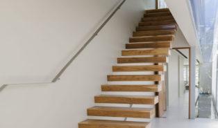 Лестница из бука ЛБ30
