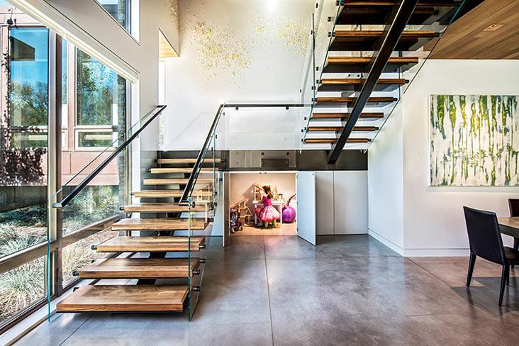 Лестница буквой П, металлокаркас, ступени из дерева ЛПО31