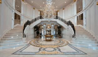 Отделка лестниц мрамором ОЛМ5