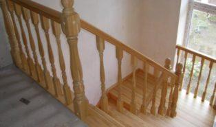 Лестница, массив лиственницы ЛЛ6