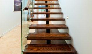 Прямая лестница, ступени дерево ЛП6