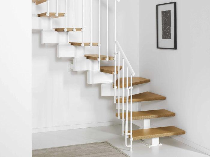 Г-образная лестница, светлые ступени ЛГО7