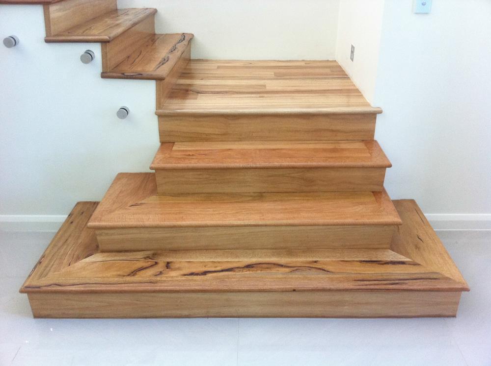 Отделка лестницы ламинатом ОЛЛ8
