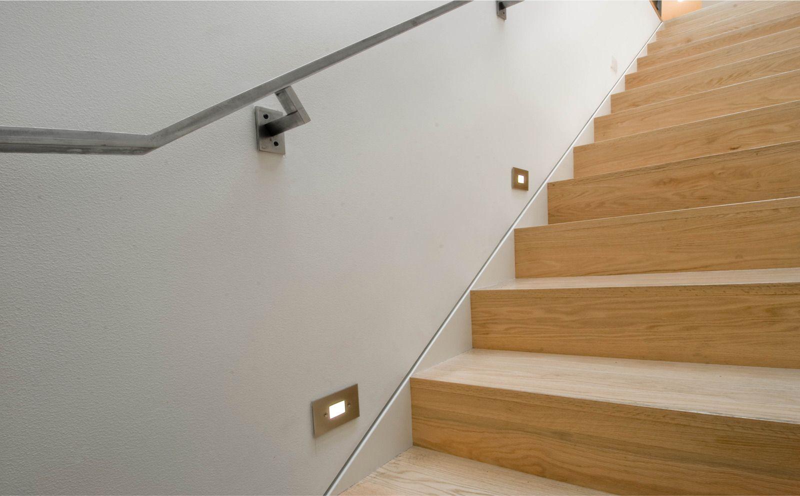 Отделка лестницы ламинатом ОЛЛ9